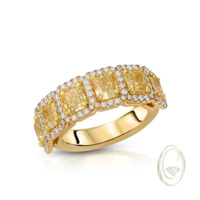 18K DIAMOND BAND WITH YELLOW DIAMONDS